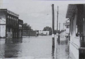 Keithsburg, IL, 1993 flood; courtesy of Mercer County Historical Society